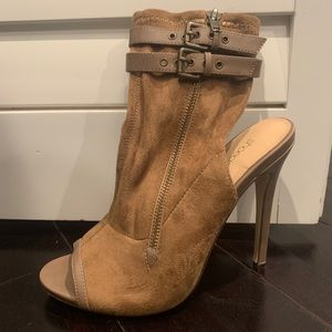 Valentina ShoeDazzle Heels